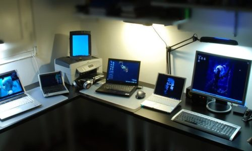 What to Do with Old Computers that Still Work? 12 Great Uses